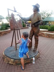 The Little Girl is part of the Sculpture!